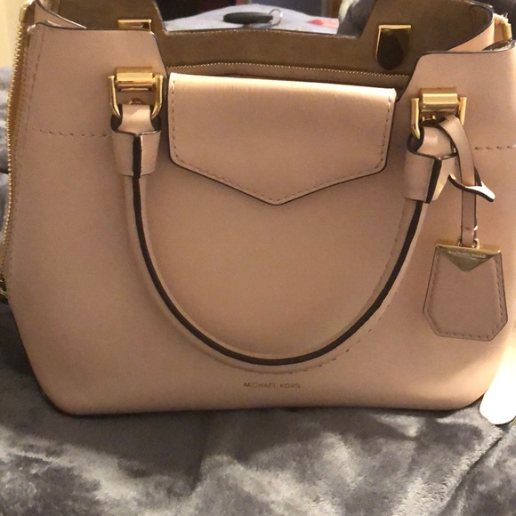 38b2cc654428 Michael Kors Bags | Pink 2018 Collection Purse | Poshmark